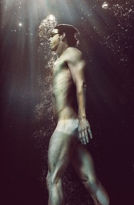 MichaelPhelps_BodyIssue2014